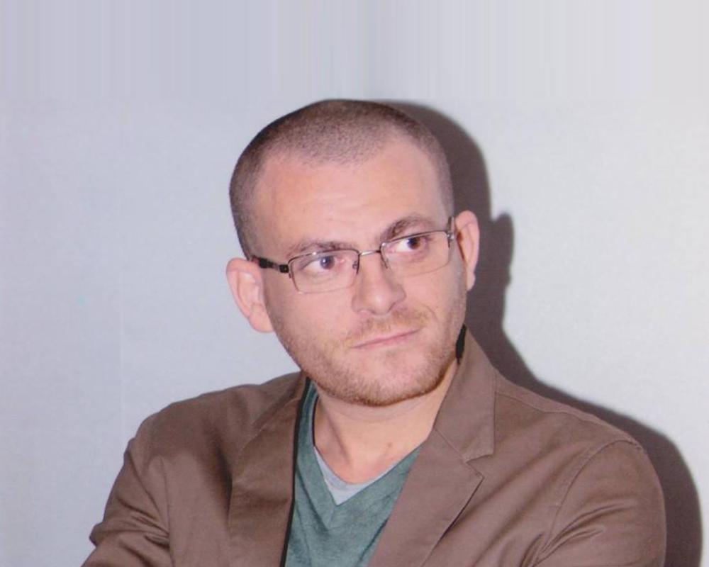في مديح الخلف الصالح: أحمد شافعي وآيت حنا والعلي
